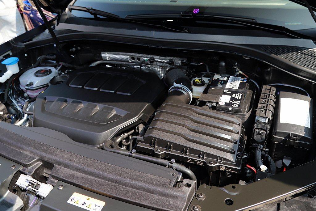 性能車型福斯Tiguan R擁有320ps最大馬力和42.8kgm最大扭力,0-...