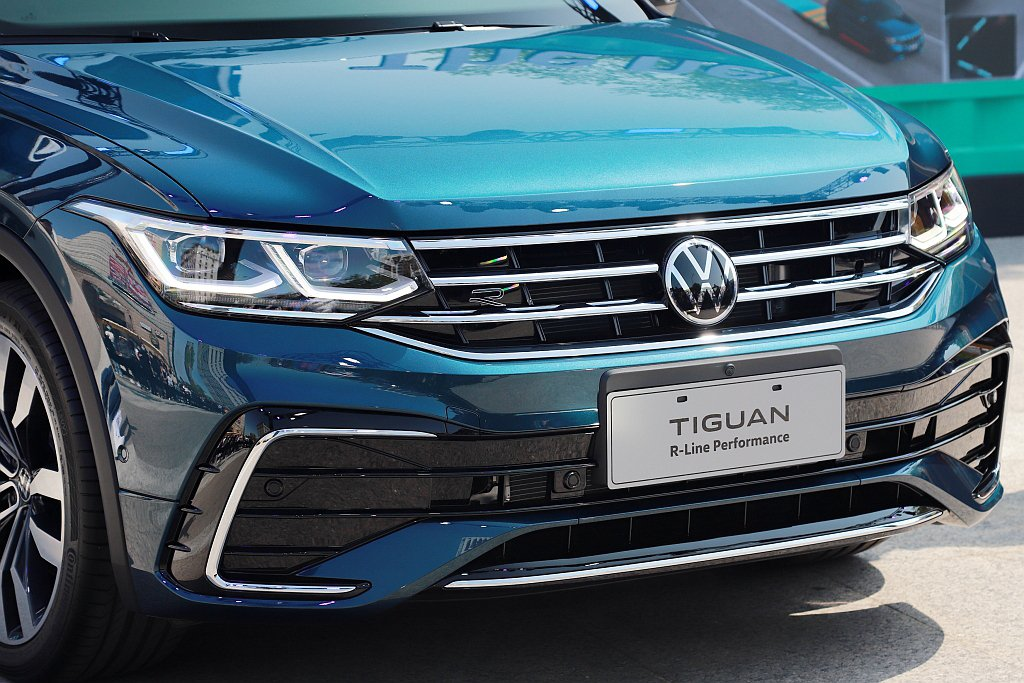 福斯Tiguan 280 TSI Elegance以上車型即標配IQ.LIGHT...