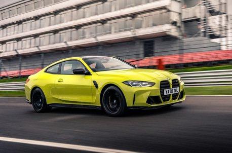 影/手排BMW M4賽道單圈只比Audi R8 V10慢0.4秒!