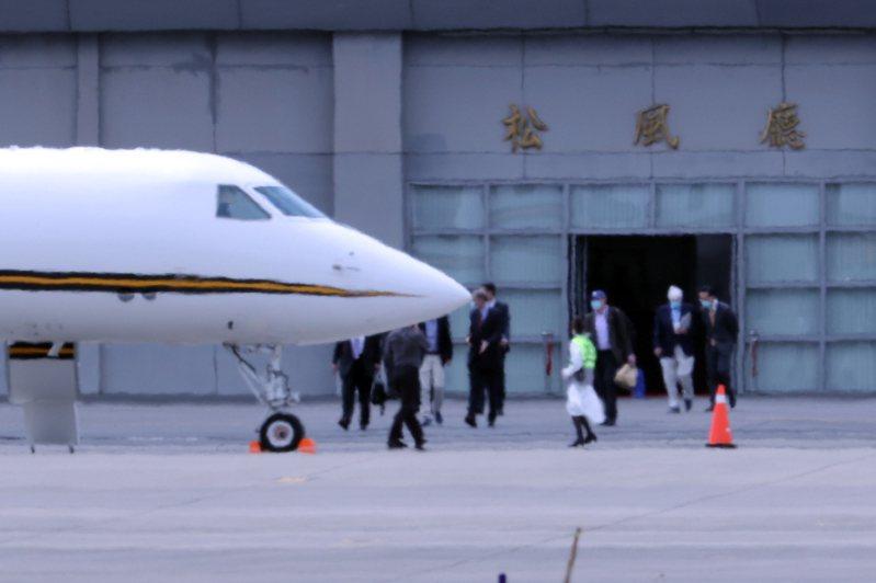 美國總統拜登的好友前參議員陶德訪問團今天上午離台。記者許正宏/攝影