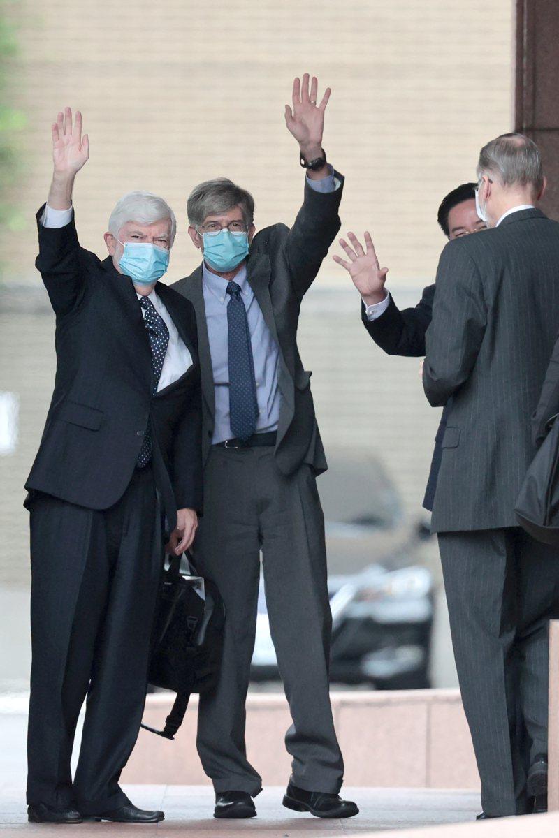 美國前聯邦參議員陶德(Chris Dodd)(左一)率團來台訪問,左二為前副國務卿史坦伯格(James Steinberg)。本報資料照片,記者蘇健忠/攝影