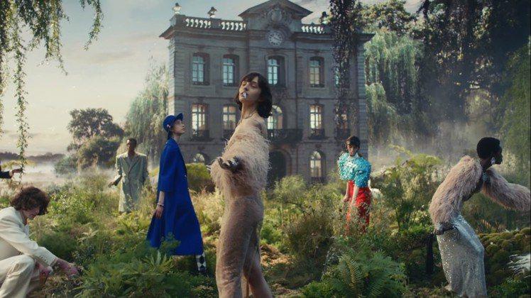GUCCI發表慶賀品牌成立百周年的「時尚詠嘆調」直播大秀。圖/擷取自影片