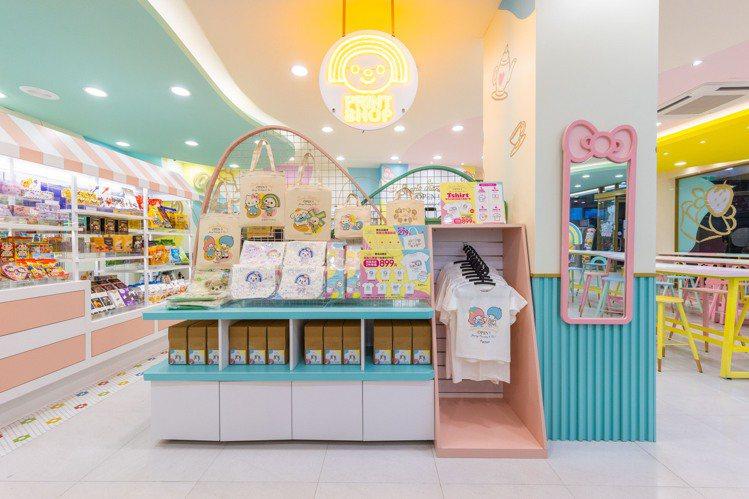 7-ELEVEN台南「OPEN! X Sanrio三麗鷗聯名主題店」,提供客製化...