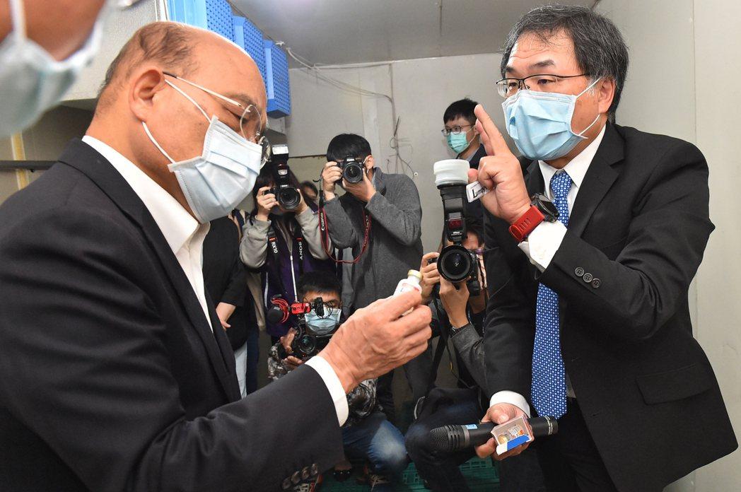行政院長蘇貞昌今日視察牛結節疹防疫應變措施及疫苗施打儲備作為。圖/行政院提供