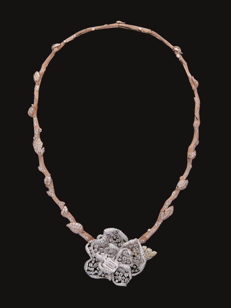 RoseDior Blanc Titane鑽石項鍊,5,100萬元。圖/DIOR...