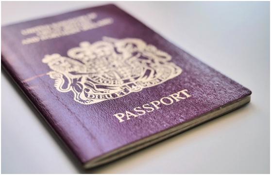 不少港人申請BNO簽證移居英國,計畫至今已逾3.5萬人申請,每周平均逾3千人申請...