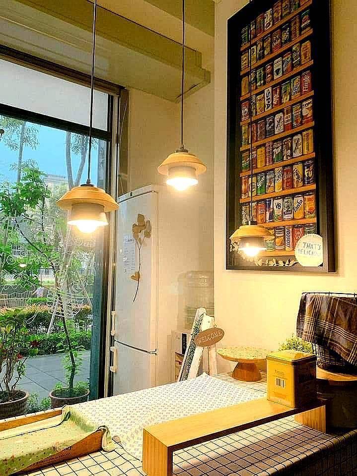 一盞造型燈,讓空間立刻亮了起來。圖/時光燈飾提供