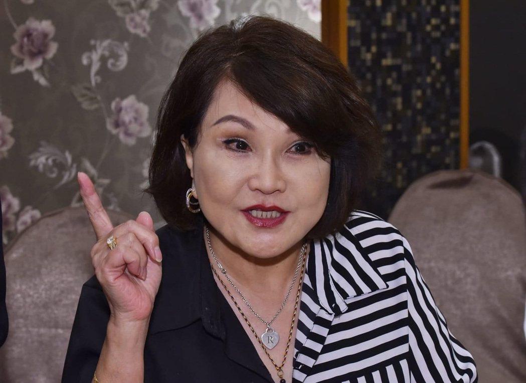 古音自美國返台也響應姜厚任的推動制定屬於台灣的母親節。圖/姜厚任提供