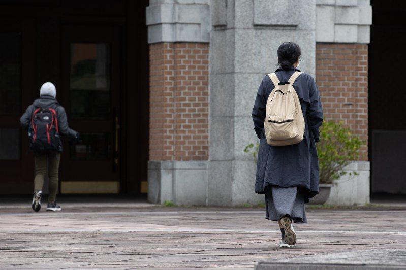 多校試辦新住民獨招,不過學費負擔、是否被標籤化,都是新住民升學的隱憂。圖為大學校園示意圖。圖/聯合報系資料照片