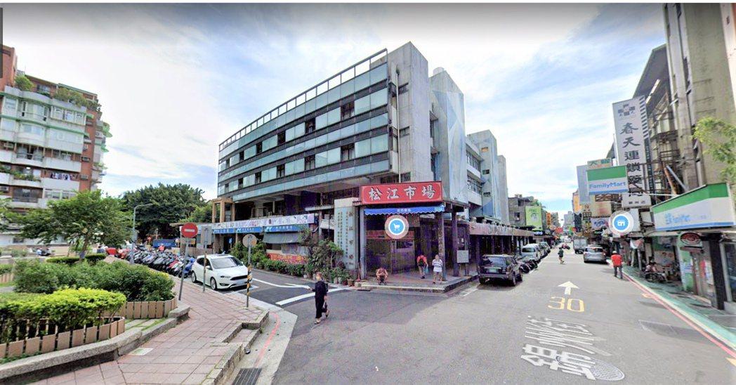 松江市場擁有優秀的生活機能,且住宅均價59.3萬,以中山區來說相對親民,因此受到...