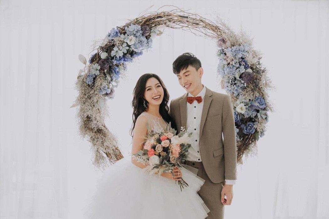 貝童彤分享婚紗照。圖/擷自臉書