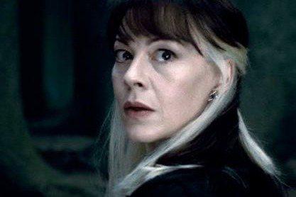 在「哈利波特」電影中扮演跩哥馬份的母親水仙的英國女星海倫麥克羅瑞,傳因癌症去世,享年52歲。除了「哈利波特」系列影片外,她也曾演出「007:空降危機」以及「黛妃與女皇」等知名電影。海倫的丈夫是「諾曼...