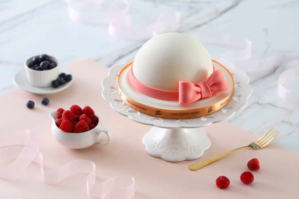 優雅高帽,讓人看了心生歡喜。圖/麗緻餐旅集團提供
