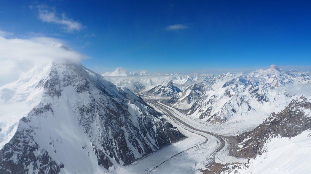 「無氧」對攻上八千公尺大山,有著重要的體感與體能影響,也是本次呂忠翰成功登頂的重...