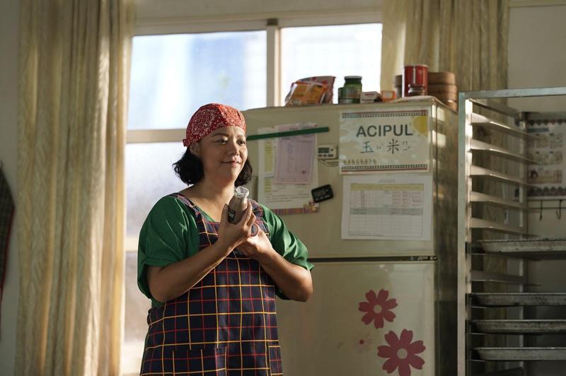 Saya張惠春在「聽見歌 再唱」演出負責打點營養午餐的阿姨,故意自創台詞「我跟張...