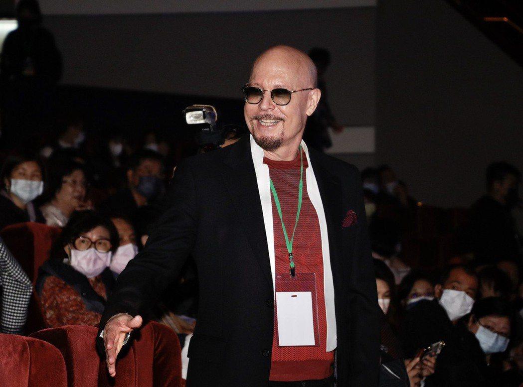 坣娜百億富商老公薛智偉到場力挺。記者李政龍/攝影
