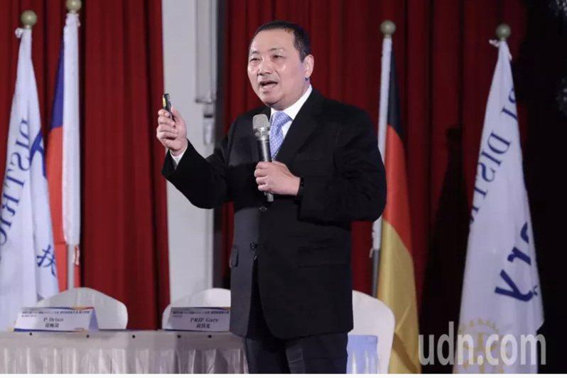 新北市長侯友宜進行專題演講,宣傳他在新北「大城小國」的理念。記者許正宏/攝影