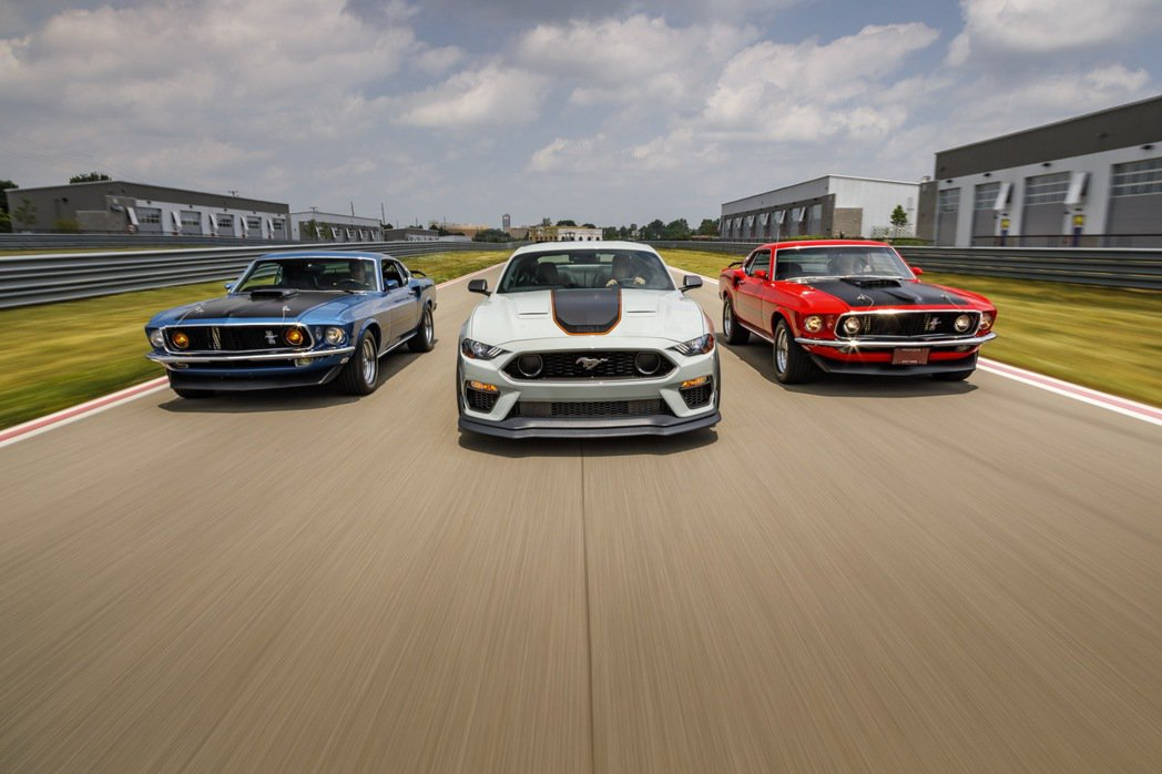 繼往開來,Ford Mustang持續引領經典,並在嶄新的未來世代,以新動力與設...