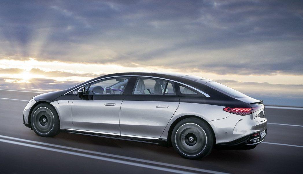 Mercedes-Benz EQS。 摘自Mercedes