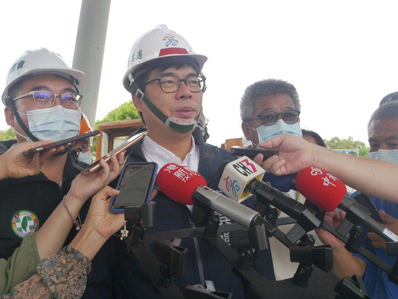 高雄市針對洗車業者限水,市長陳其邁表示,會跟中央反應業者損失,希望有所補償。記者徐白櫻/攝影