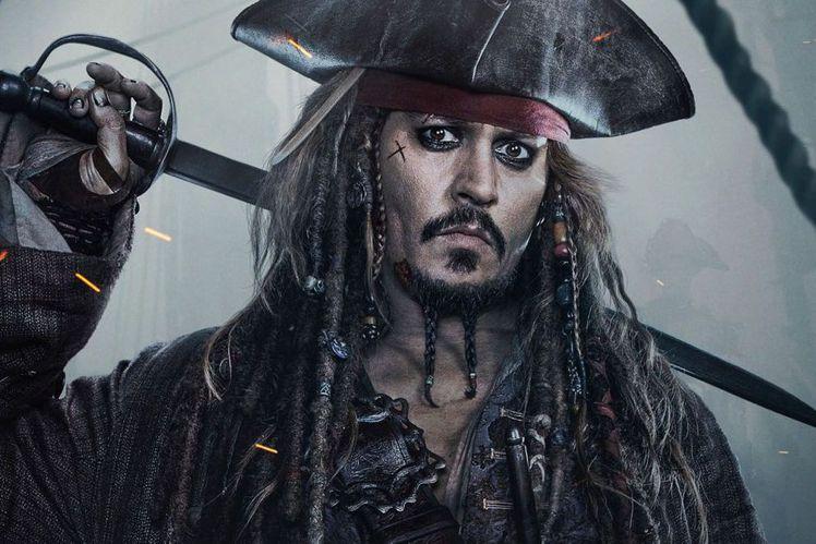 在全球廣大觀眾眼中,強尼戴普扮演的傑克船長就是「神鬼奇航」系列的招牌,少了他「神鬼奇航」就大失原味,根本稱不上正宗,然而迪士尼據傳已經在規劃兩種不同的新版本,一種是由「小丑女」瑪格蘿比扮演的新角色挑...