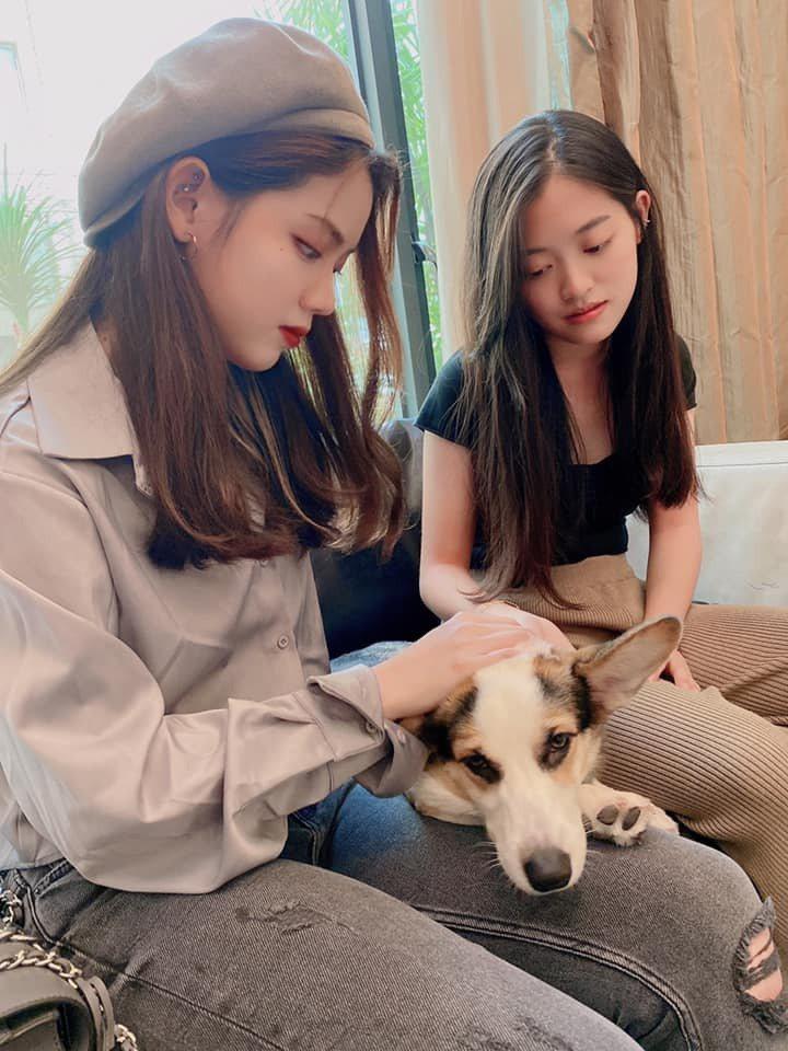 王彩樺分享兩個女兒的合照。 圖/擷自王彩樺臉書