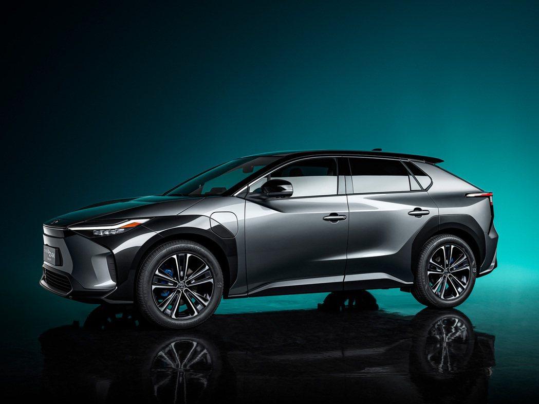 Toyota bZ4X Concept。 圖/Toyota提供