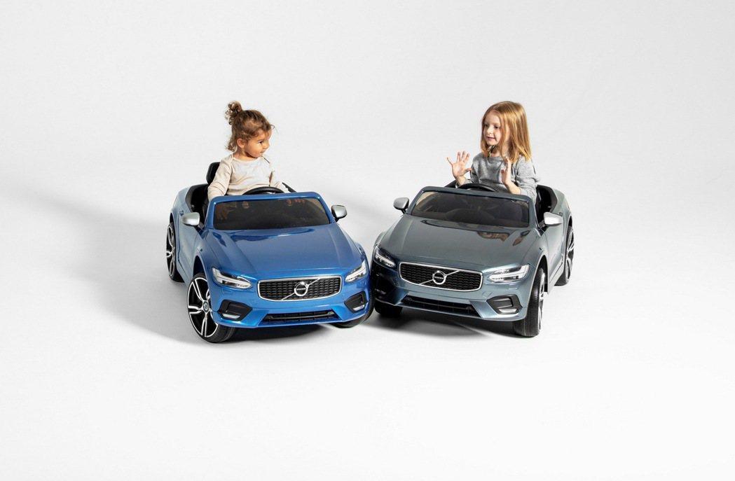 VOLVO 汽車總裁 Håkan Samuelsson希望藉此支持所有性別的平等...