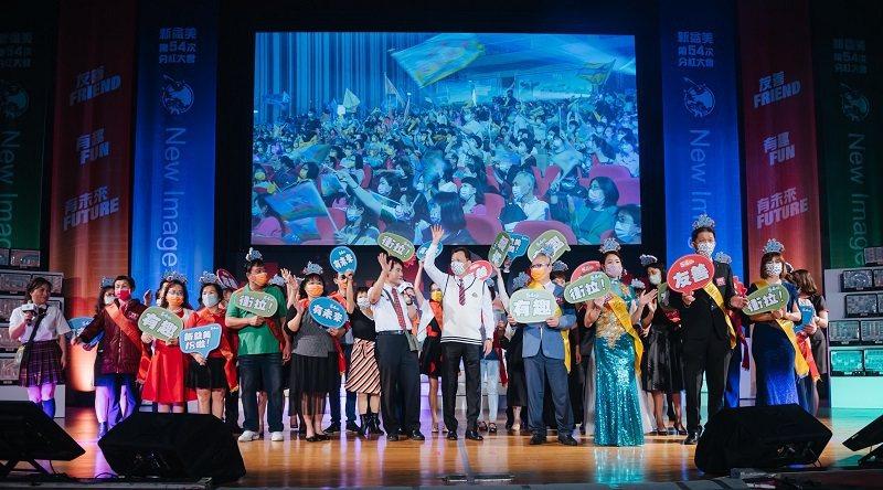 新益美集團副總裁暨台灣分公司總經理黃村煜,在分紅大會時表示,「產品是靈魂,經銷夥...