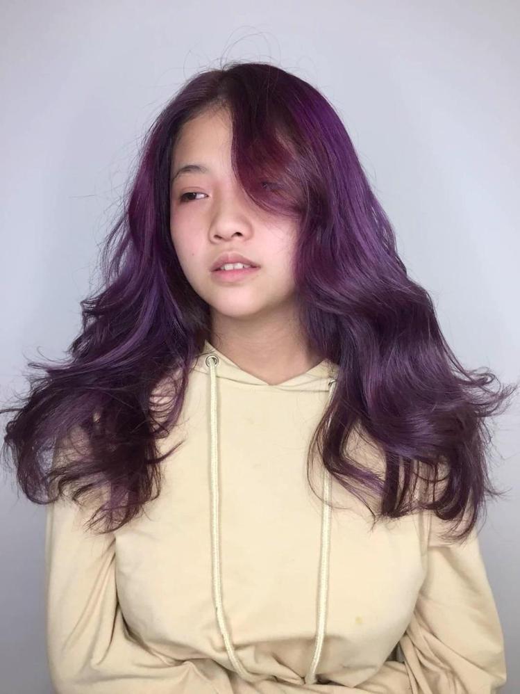 髮型創作/小林髮廊中興店 / WiWi 婉伶,圖/StyleMap美配提供