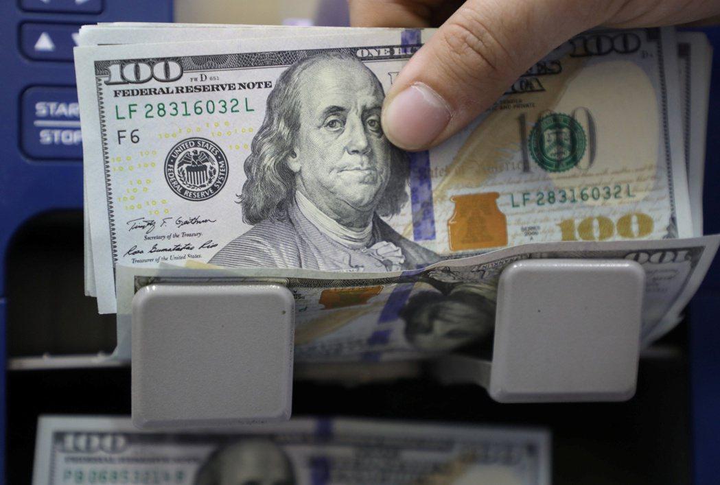 最新報告顯示,全球自疫情爆發到上季,已累積5.4兆美元的超額儲蓄。路透
