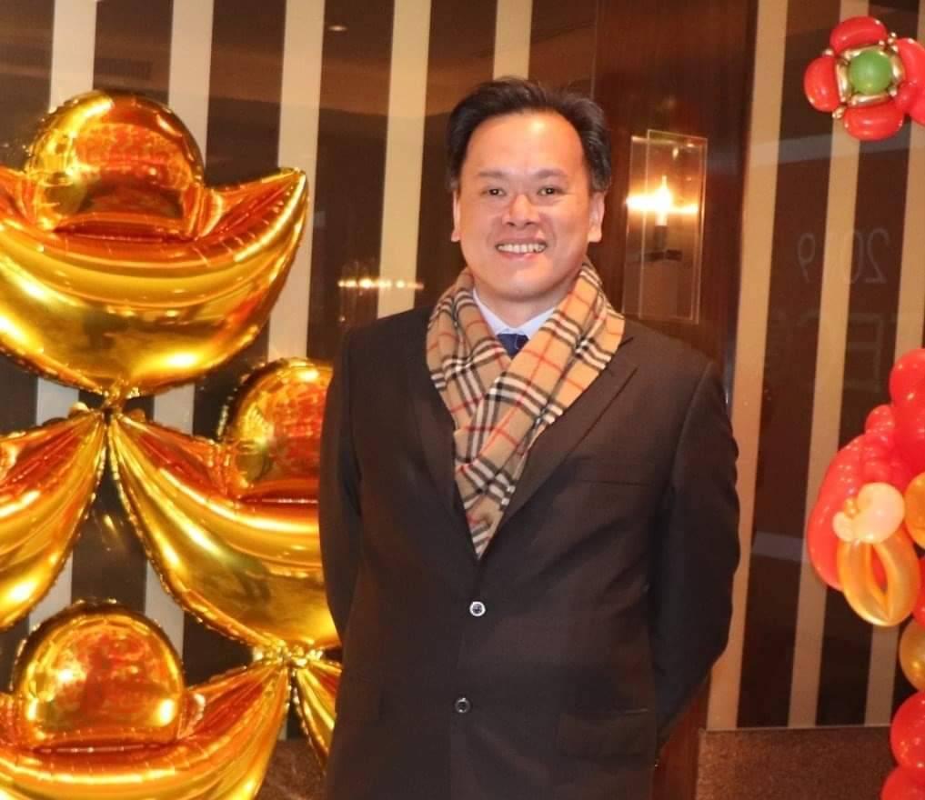 東元董事黃立聰在臉書發文指出,提出三點反駁,  問我為什為是反抗軍?  再尷尬也...