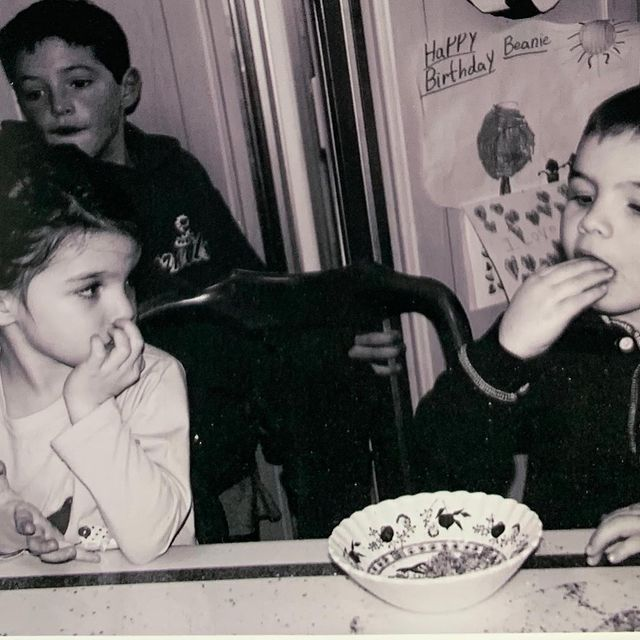 蘇蕊克魯斯(左)小時候就已是知名的星二代。圖/摘自Instagram