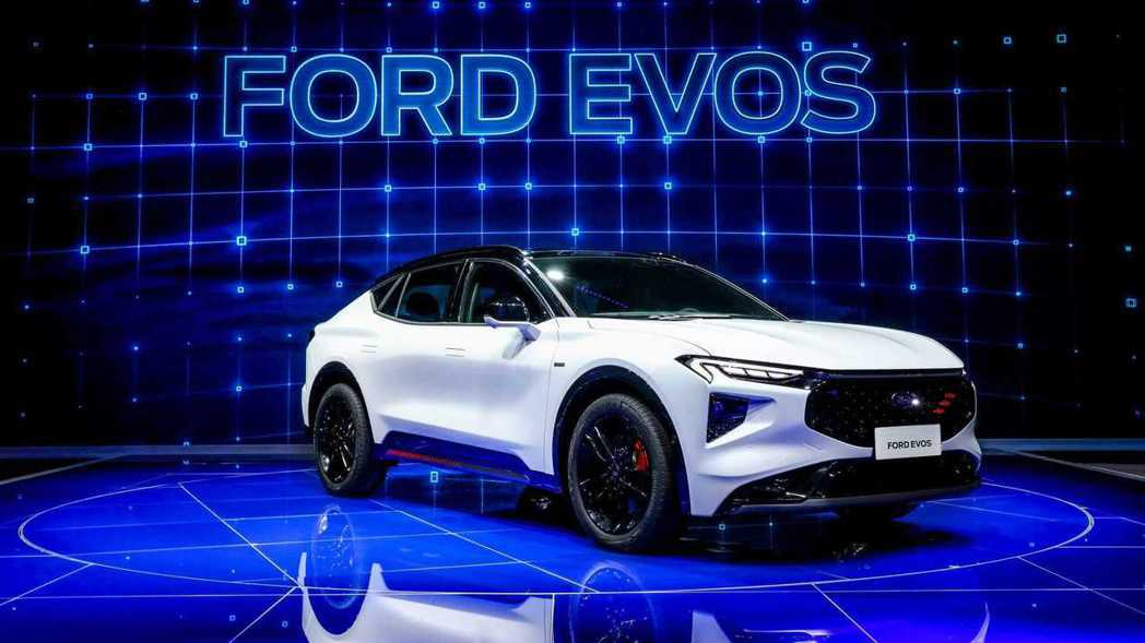 Ford EVOS全新跨界跑旅。 圖/Ford提供