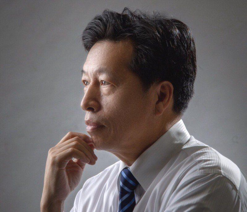 此次2022桃園市民調各項結果均為前任立法委員鄭寶清勝出。