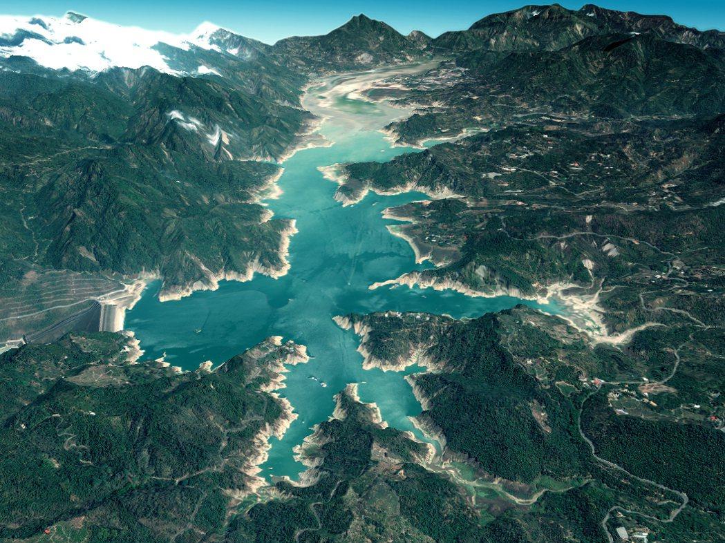 中央大學太空及遙測研究中心衛星立體測繪曾文水庫3D數值地表模型現今全景。圖/中央...