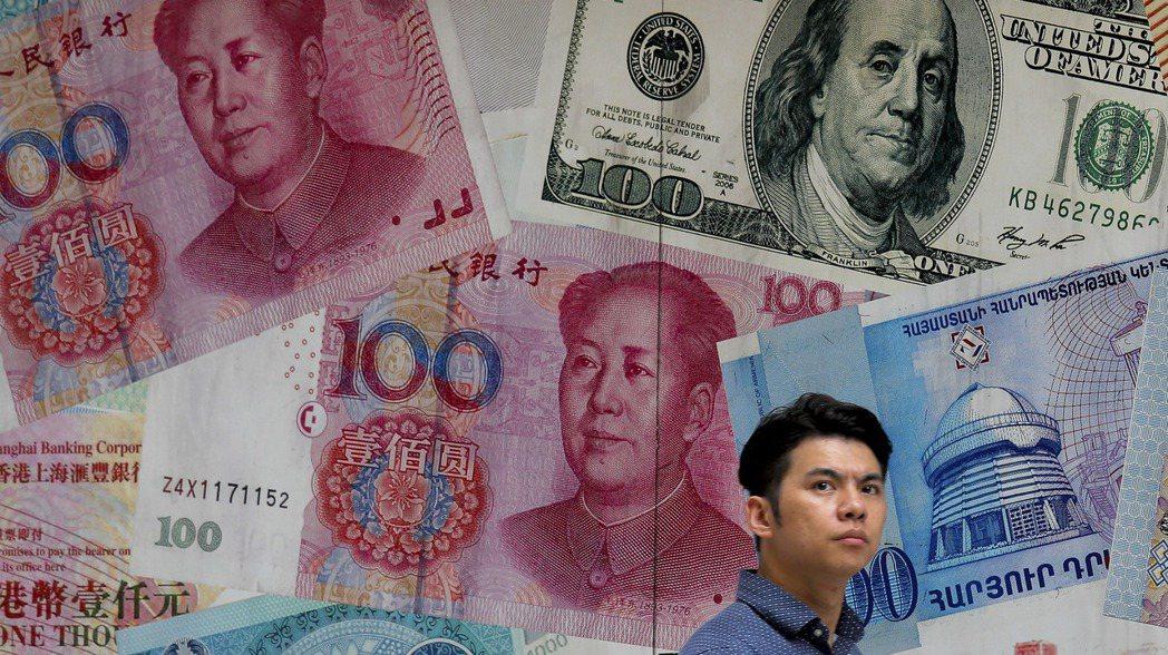 分析顯示,人民幣的實質有效匯率是32種主要貨幣中被高估最嚴重者。  美聯社
