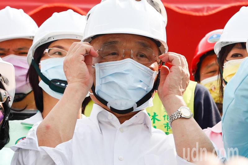 行政院長蘇貞昌表示,一向要求幕僚對外溝通要平和,感謝立法院這段期間以來支持,讓行政團隊為國家做事,大家應該互相加油。記者黃仲裕/攝影