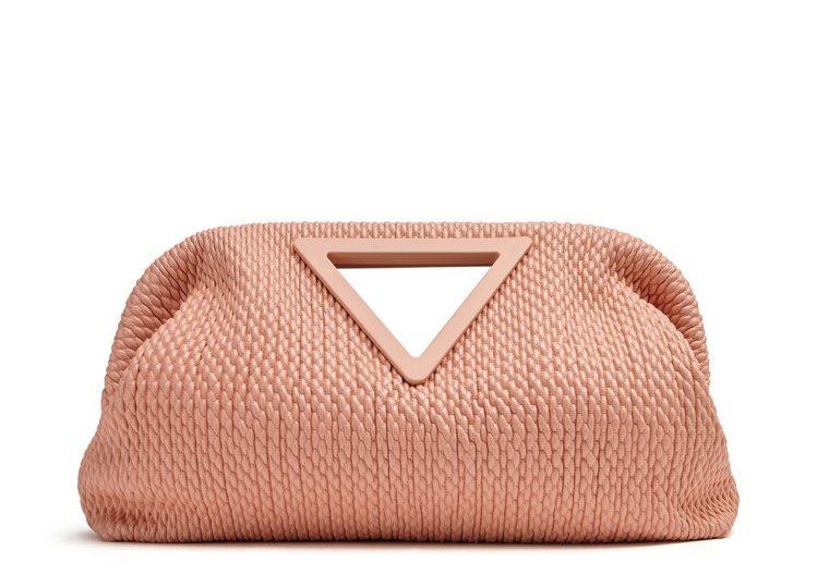 Point蜜桃粉羊皮衍縫手提袋(M),14萬3,300元。圖/Bottega V...