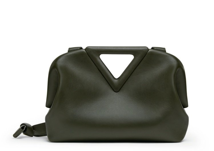 Point小牛皮手提包,10萬2,500元。圖/Bottega Veneta提供