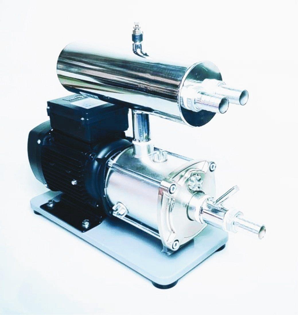 台灣自主研發設備「微奈米氣泡機」,大幅加快淨水反應速度。宇泰尖端公司/提供