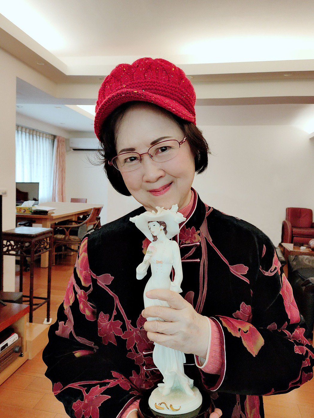瓊瑤歡慶83歲生日。圖/摘自臉書
