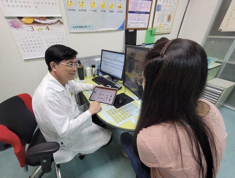民眾想更清楚知道細胞治療的細節,可洽詢秀傳癌醫中心,或上衛福部網頁查詢。 圖/張...