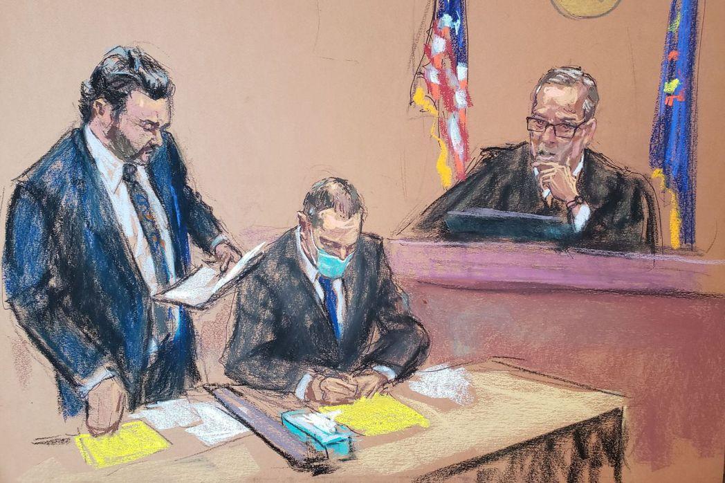 圖為4月12日,沙文的辯護律師在法官卡希爾面前呈詞。 圖/路透社