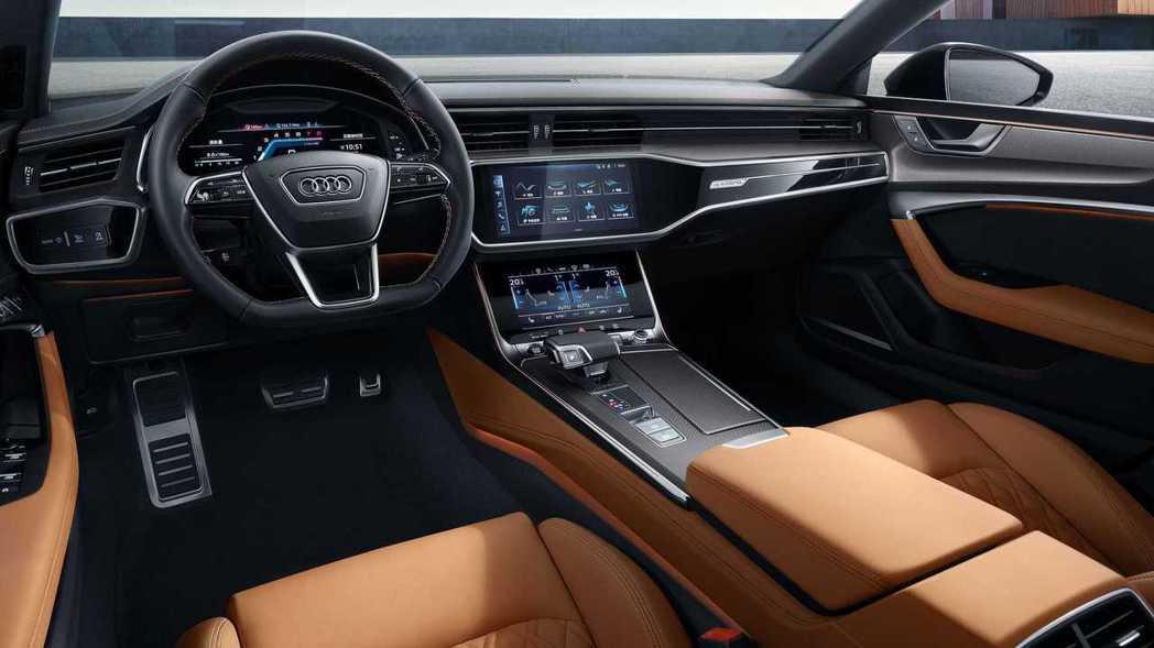 A7L內裝部分與標準版A7 Sportback相同。 摘自Audi