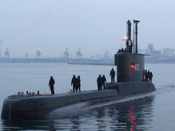 印尼國防部表示,印尼一艘潛艦今天清晨在峇里島北方海域失聯。示意圖,非失聯潛艦。圖/取自維基百科