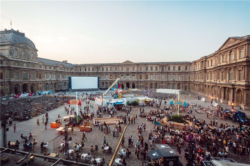 電影院也搬到羅浮宮廣場過 / 來源:mk2HotelParadiso