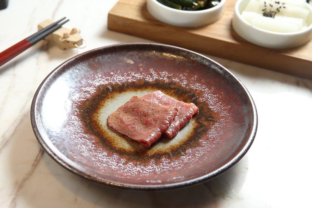 日本姬路A5和牛三叉肉,油脂較少且帶有鮮明肉味。記者陳睿中/攝影