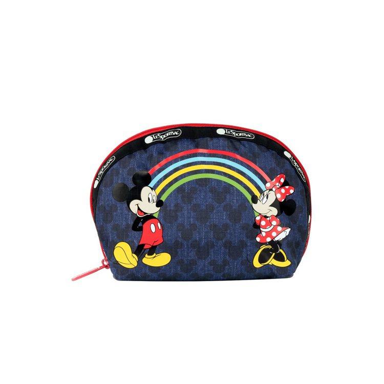 米奇米妮彩虹橋中型半圓化妝包,1,850元。圖/LeSportsac提供