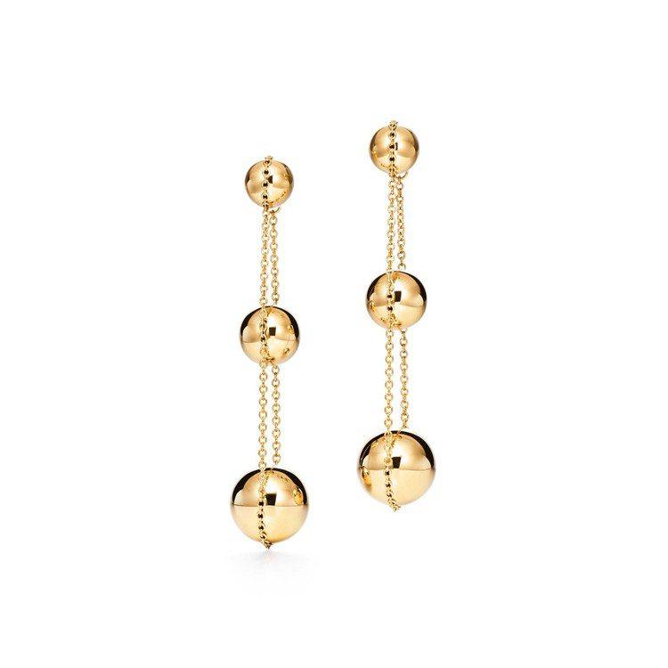 Tiffany HardWear 18K金三層垂墜式球形耳環,12萬元。圖/Ti...